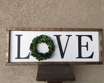 Love Boxwood Wreath Sign