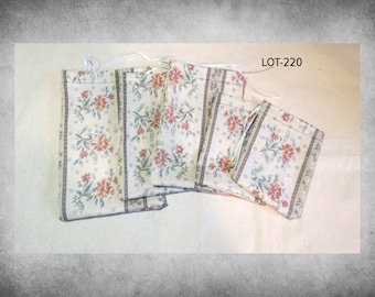 Printed fabric - 6 charming brown and cream floral drawstring bags in a variety of sizes. Great for storage and gift wrap. LOT-220