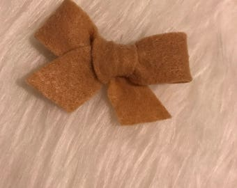 Light brown felt clip
