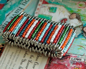 Shiny Safety pin Bracelet in Happy colours, Orange Green White Blue