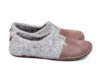 Ready to Ship Rustic felted wool slippers for women with leather toe caps and soles, Handmade in Europe women wool slippers Home shoes