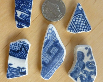 SEA POTTERY SHARDS  5 Blue and White Willow Pattern Beach Antique Scottish