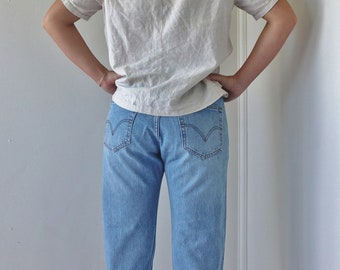 501 LEVIS Denim Jeans / Size 12 / Button Closure / W 34