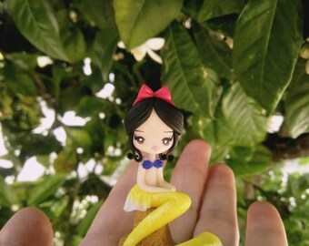 Mermaid snow white figurine in fimo, polymer clay