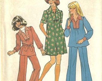 Simplicity 7105 Girls Smock Top Dress Pants Belt Vintage 1970s Sewing Pattern Size 7