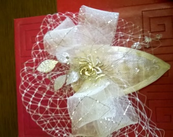 Ivory and silver fascinator
