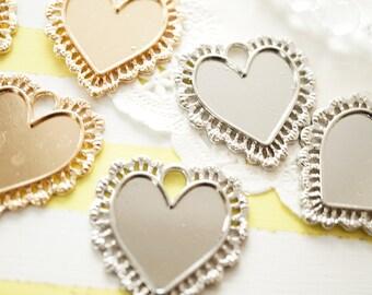 4 pcs Lacey Heart Bezel Charm (33mm) AZ481