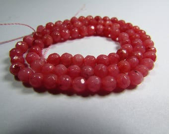 Set of 30 faceted Jade 4 mm beads