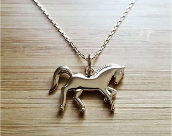 Necklace on chain horse pony engraved personalized with a name plated gold