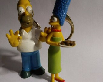 Keychains Marge and Homer Simpson