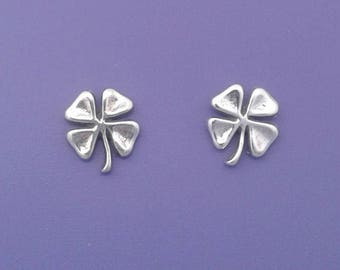 Four Leaf CLOVER Earrings .925 Sterling Silver Irish Shamrock Post Stud - se2602