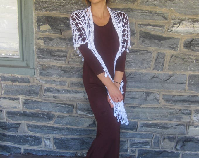 WHITE WEDDING SHAWL/Crochet Fringe shawl/festival clothing/sarong beachwear/gypsy/bohochic/gift for her/wedding/Christmas gift for her/shawl