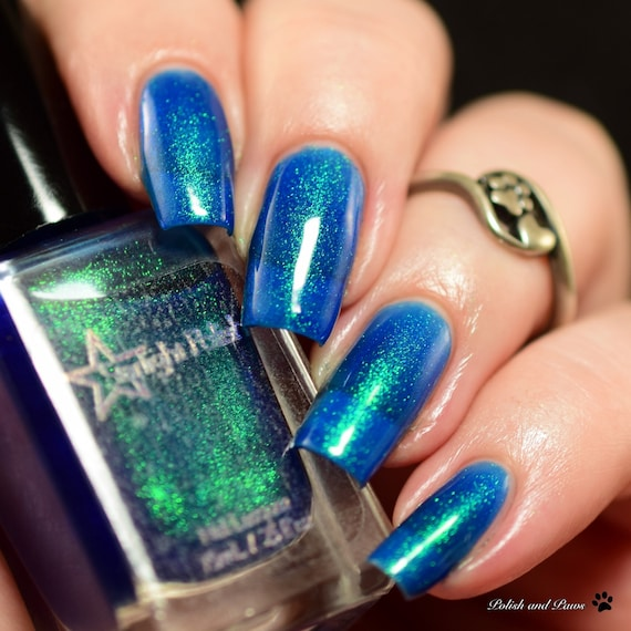 Unicorn Kyanite Blue Duochrome Color Shifting Green to Blue Indie ...