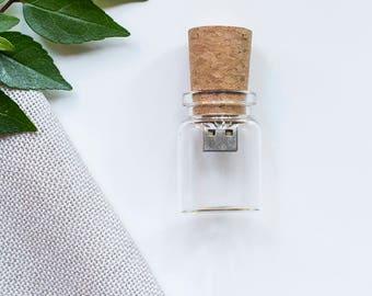 10x 4gb Glass Bottle USB drive