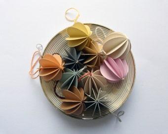 10 balls of paper pastel paper pendant