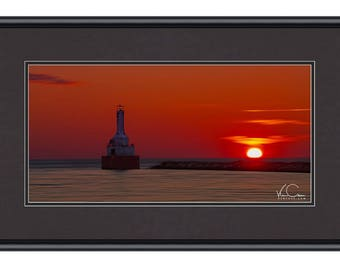 Lighthouse Photo, Michigan Lighthouse, Lighthouse Print, Lighthouse Wall Art, Sunset Fine Art,  Lake Superior Sunset, Lighthouse Fine Art
