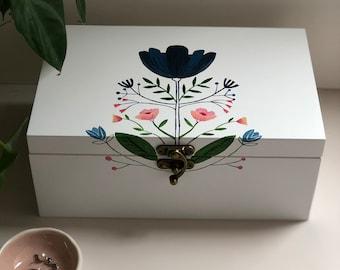 Handpainted wooden jewellery/jewelry box with a folk art design.