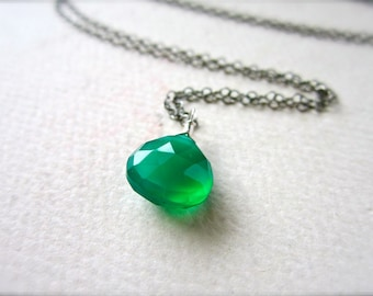 Stunna Necklace - green onyx necklace, oxidized silver necklace, emerald green necklace, may birthstone, handmade, OS07
