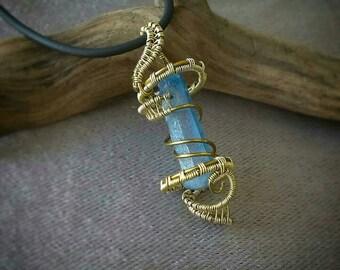 Spiral wire wrap pendant
