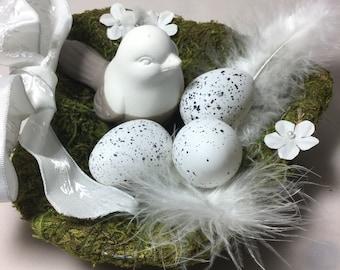 White shabby chic Moss nest