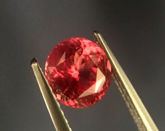 1.76 cts - Spinel Loose Natural Gemstone - Oval