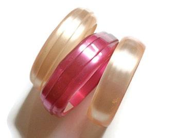 Vintage Bangles Moonglow Bracelets Shades of Pink (3)