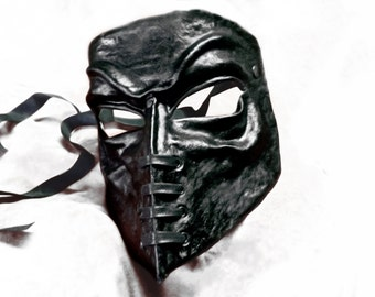 bauta venice carnival venetian casanova mask black leather costume larp renaissance wicca pagan gothic dark burning man laced mardi gras