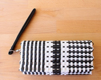 Black & White Mexican Plastic / Leather Wallet