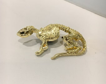 Rat Skeleton Gold Lapel Pin