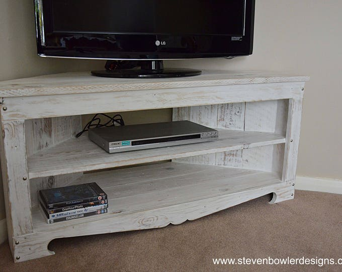 FREE UK SHIPPING Rustic Reclaimed Wood Corner Tv Unit White Nautical Coastal Style Finish & Decorative Silver Tacks 110 cm x 45 cm x 50 cm