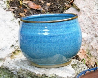 The perfect summer Blue Ombre glazed Ceramic Bowl - Handmade Pottery Wheel Thrown