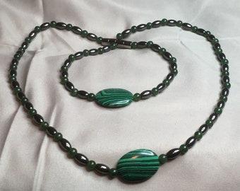 Black hematite, green malachite necklace and bracelet