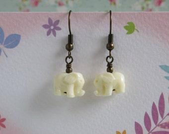 Tiny Elephant Dangle Earrings, Ivory Color Elephant Earrings, Animal Jewelry, Resin Elephant, Antiqued Brass Wire Wrapped