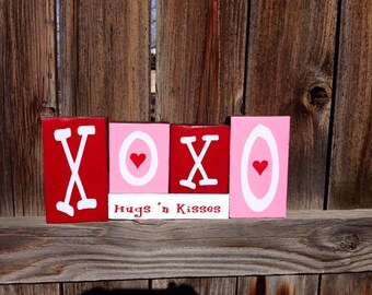 Xoxo Hugs 'n Kisses Valentine's day wood blocks