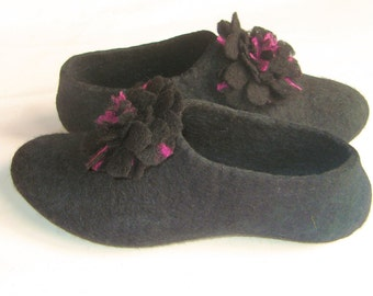 Felt Rose Flower Wool Slippers Women felted clogs Boiled Wool house Shoes made from Wool felt Black and Purple Gift for Her 100% Wool Shoes