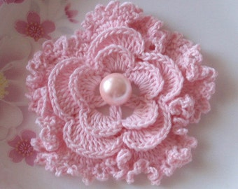 Crochet Flower in 3 inches in Lt PInk YH - 043-15