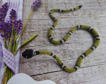Snake bracelet Snake necklace Beaded snake Bracelet gift Women's bracelet Stylish bracelet Green bracelet Green snake Handmade bracelet
