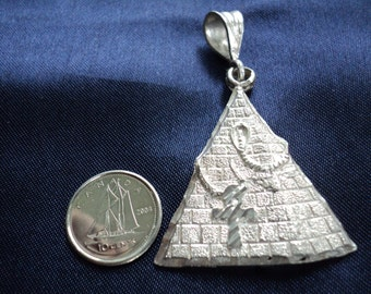 Egyptian Pyramid 7.5g Sterling Silver Pendant