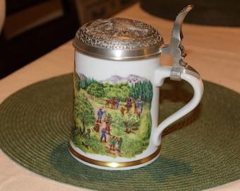 1979 German beer mug,Franklin Porzellan-vintage-Fasanenjagd im Mittelalter-Sammlerkrug//Superb