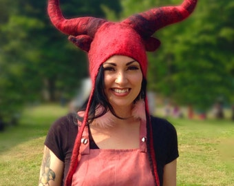 Devil Horned Hat, handmade wool felted Halloween fancy dress satan hellboy hat with large posable horns