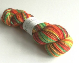 Hand dyed yarn. 100g of variegated superfine alpaca/organic merino/nylon Double Knit weight yarn. Autumnal soft wool, knitting, crochet
