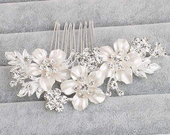 Floral Bridal Comb,Floral Wedding Comb,Bridal Hair Comb,Wedding Hair Accessory,Crystal Hair Comb,Pearl Comb,Bridal Headpiece