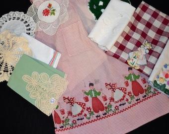 Dutch Girl Kitsch Mix Up...Ten Pieces