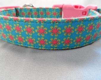 Girl Dog Collar Groovy Rows of Flowers