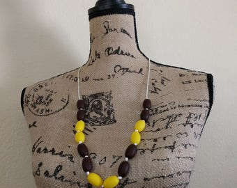 Sunflower Yellow and Brown Teething/Sensory/Nursing Necklace