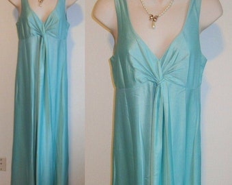 Vintage Grecian Style Wide Sweep Nightgown ~ 1960's Kayser Long Green Nightgown ~ Dark Mint Green Nylon Gown ~ Vintage Nightgown