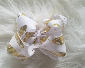 4 in Double stacked feather bow