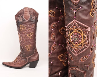 beaded western boots // faux leather // sz 7.5
