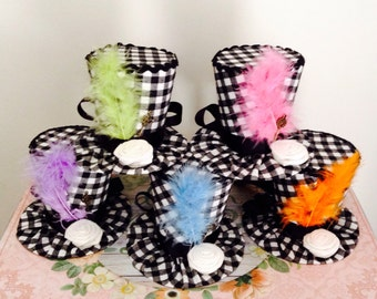 "Mad Hatter Mini Top Hat Headbands (Set of 5), Whimsical Checkered Fascinators, Alice in Wonderland Decorations , Tea Party Props (3.5"" Tall)"