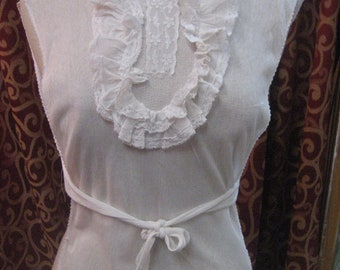 """1930's, 32""""-38"""" bust, cotton net dickie"""